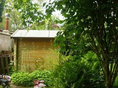 La cabane de jardin.